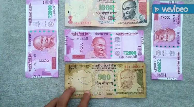 Is there a need to panic about the recent change in currency notes? Why or Why not?